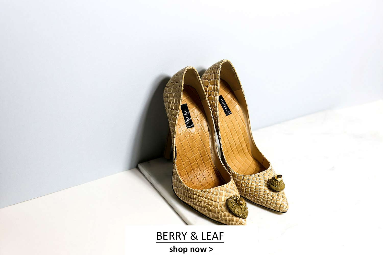 Cream court shoes patent croc