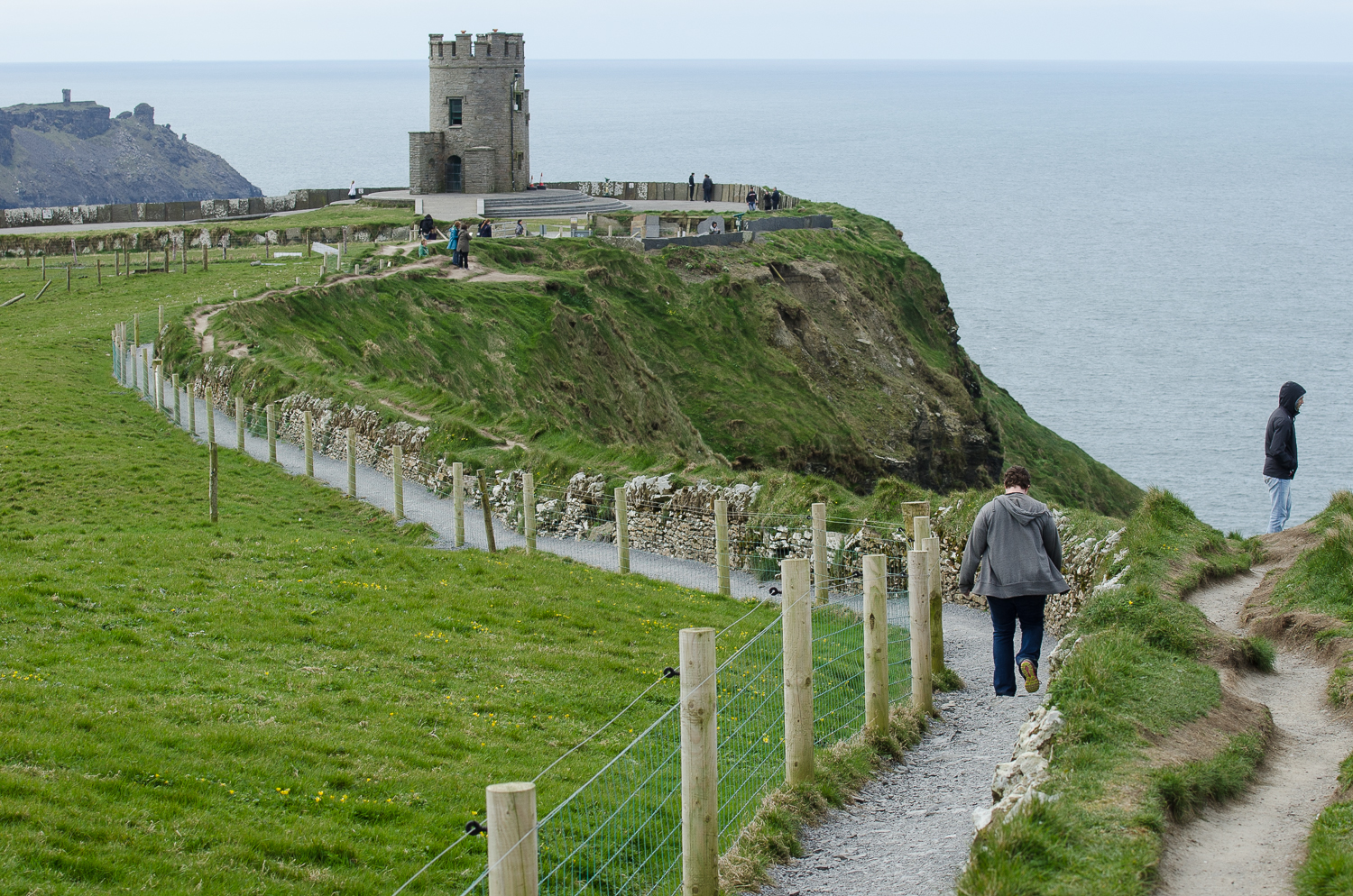 One of the best things about the new walk, is that you don't have to pay 6 euros per person to see the Cliffs of Moher!