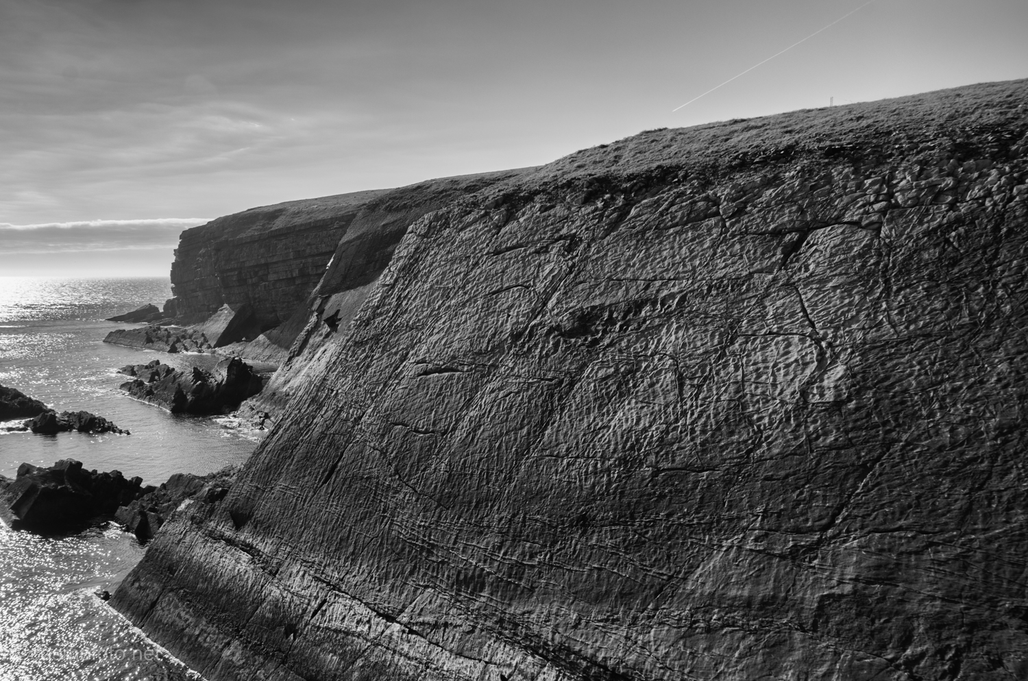 Another shot of the cliffs around Loop Head