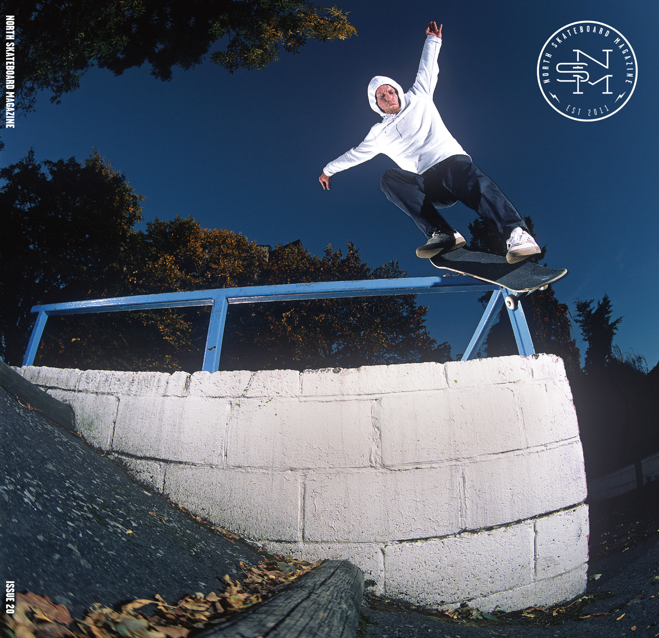 Cover: Charlie Munro - FS Boardslide Pop Over  Photographer: Graham Tait