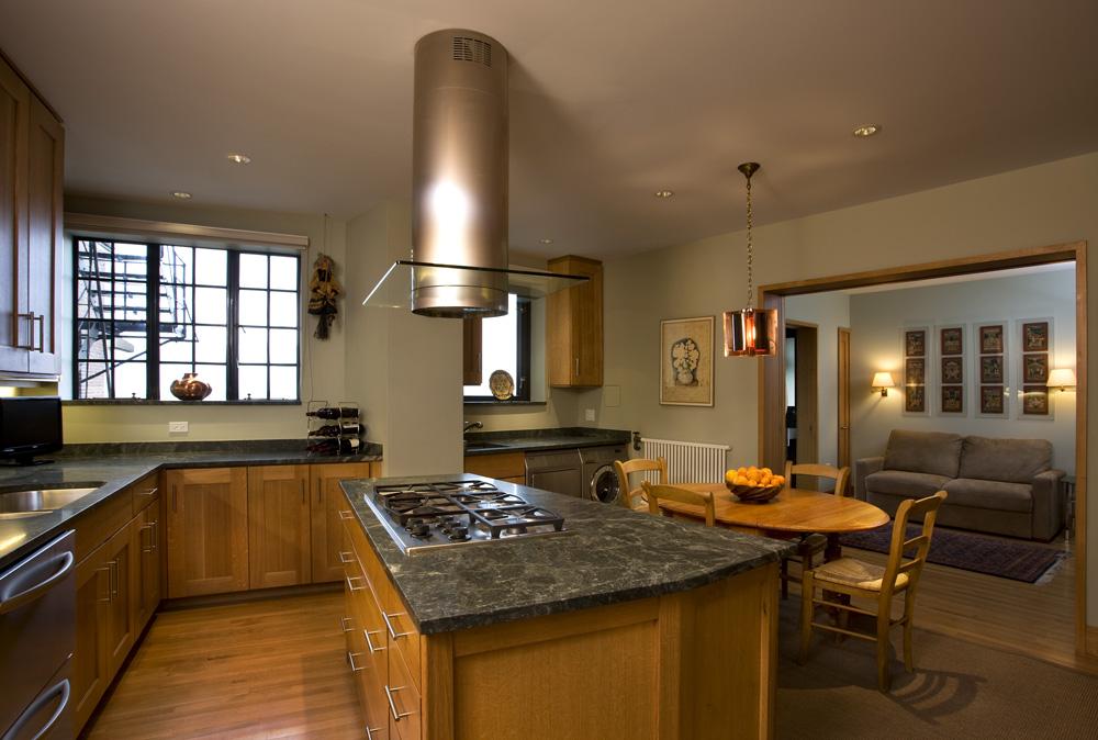 kr150 kitchen1_low.jpg