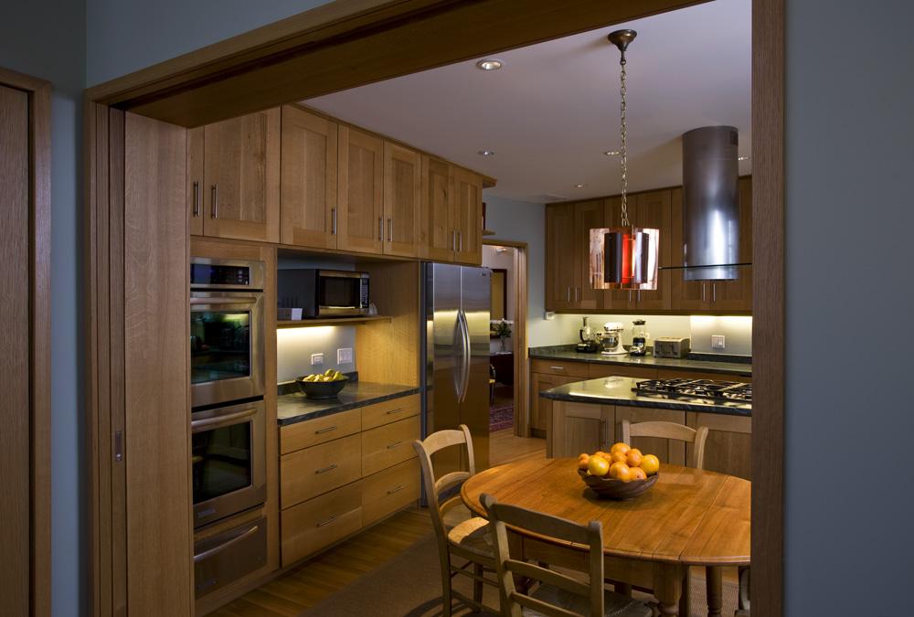 kr150 kitchen2_low.jpg