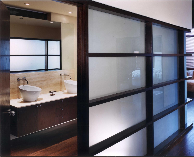 KR043 bath 150.jpg