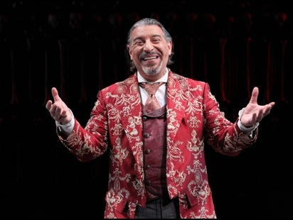 Max McLean as Screwtape in the production of C.S. Lewis' Screwtape Letters