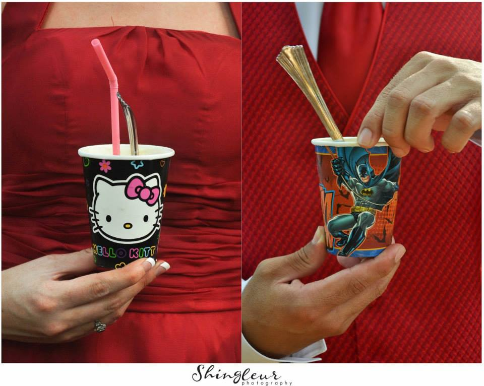 Shingleur Photography .  Tang + DJ  had a root beer float bar, and the cups doubled as favors for their guests.