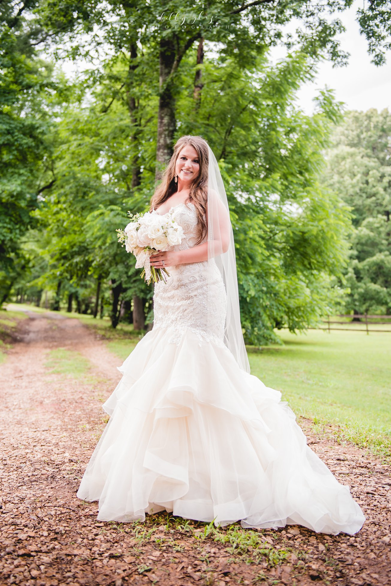 Kelly Glaze Photography , from  Delaney + Cy 's wedding