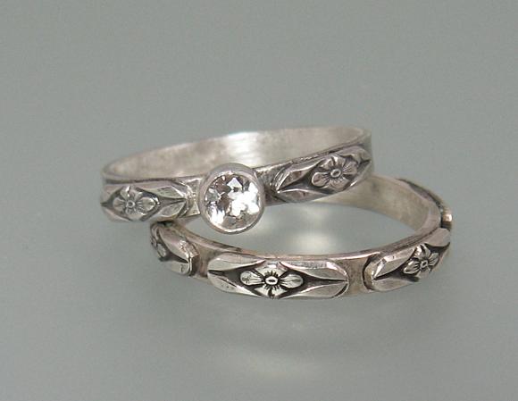 Vintage Floral Wedding Ring Set