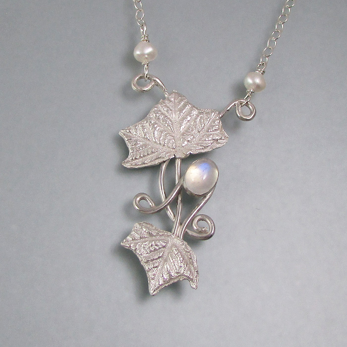 Mystic Holly Leaves Necklace
