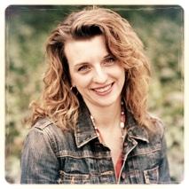 Nov 06 - closeup  - Larissa Reinhart.jpeg