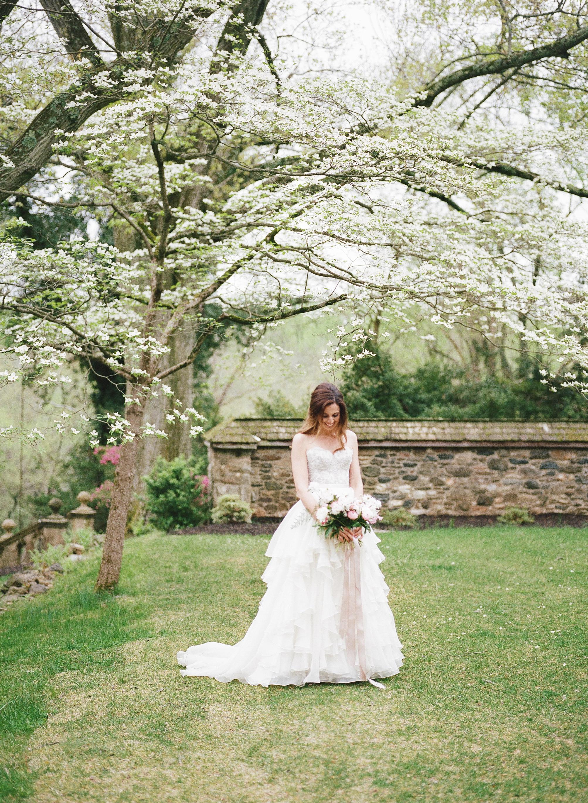 HNP-Modern-Fairytale-Spring-Wedding-Styled-Shoot_073.jpg