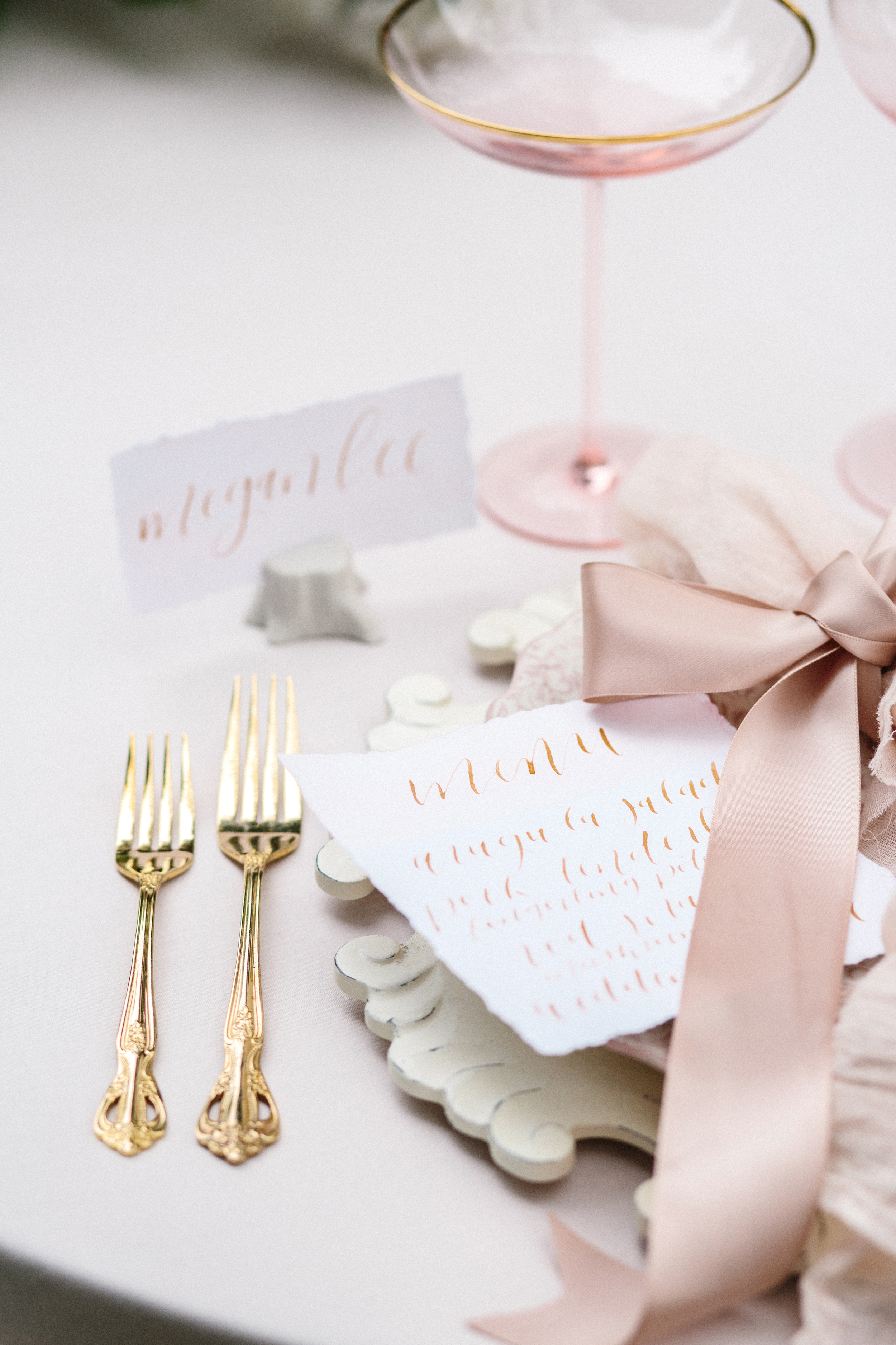 HNP-Modern-Fairytale-Spring-Wedding-Styled-Shoot_118.jpg