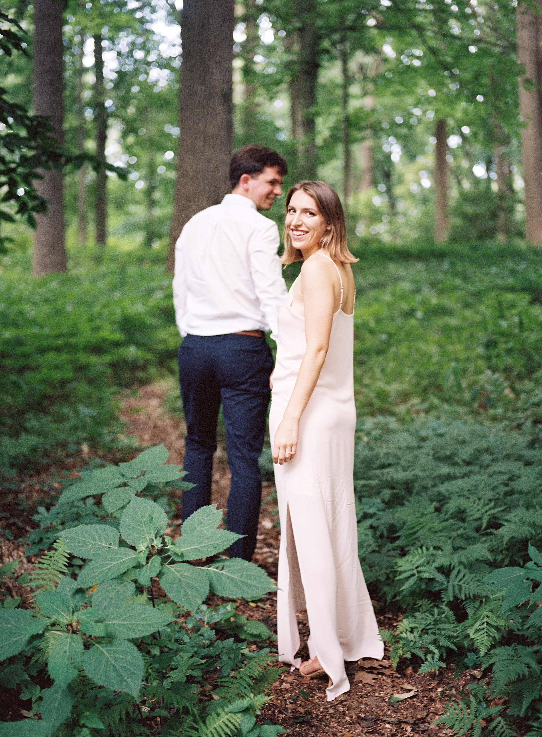 HNP_Frances-Calvin-Winterthur-Engagement_005.jpg