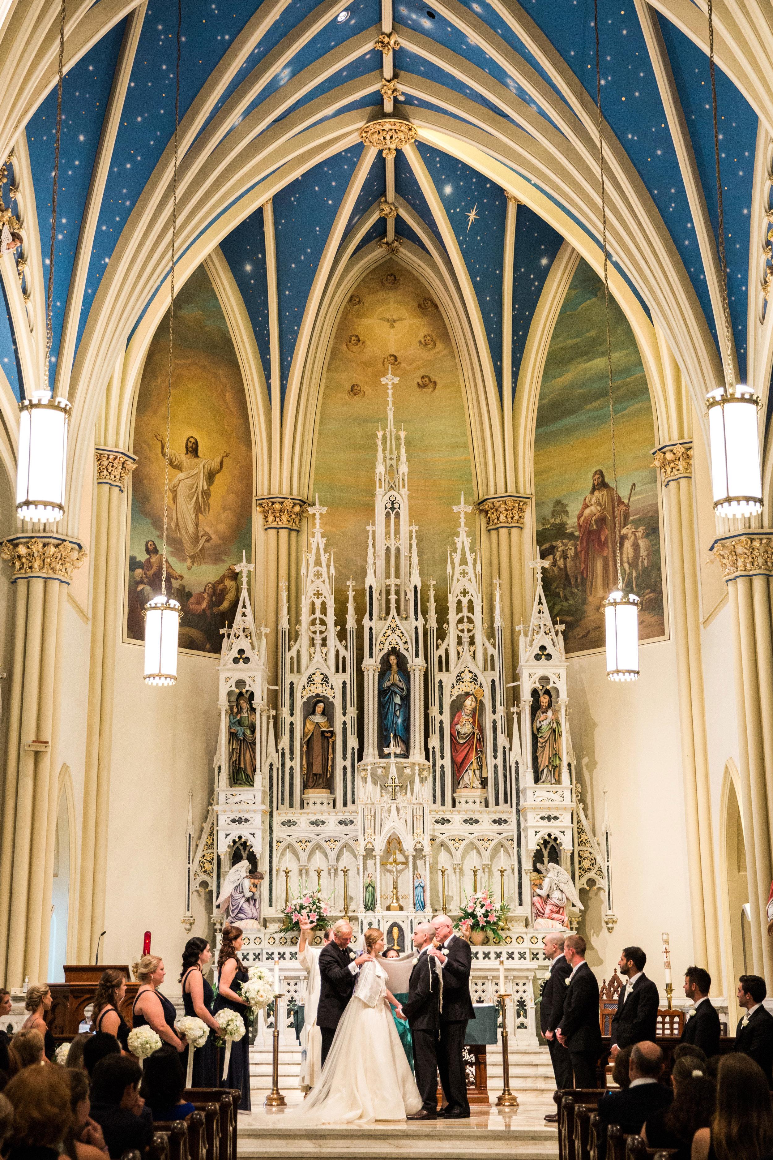 032-MA17_St-Marys-Catholic-Church-Annapolis-Wedding.jpg