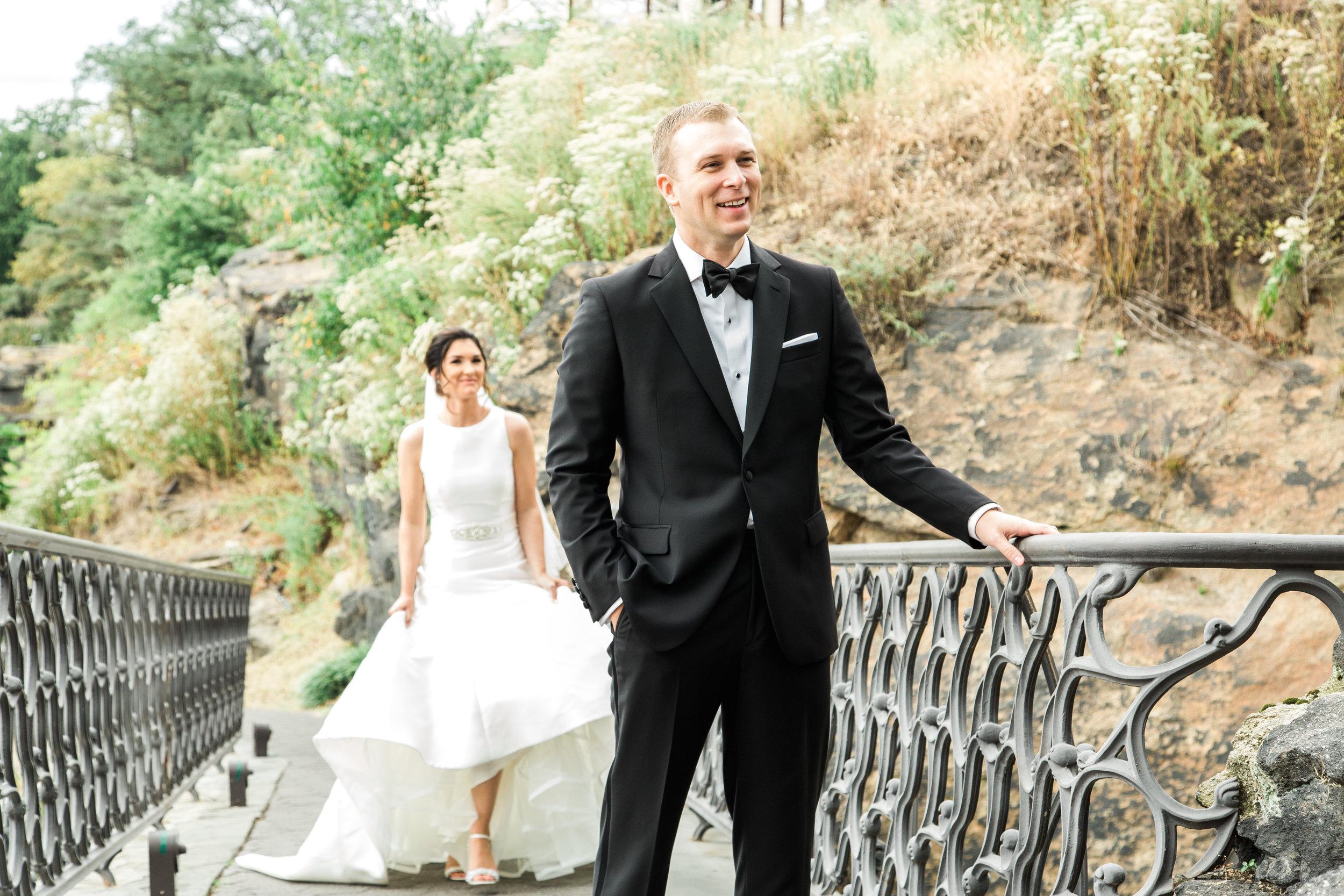 Hudson-Nichols-Black-Tie-Bride-Philadelphia-Waterworks-Wedding-Bride-Groom-Portraits05.jpg