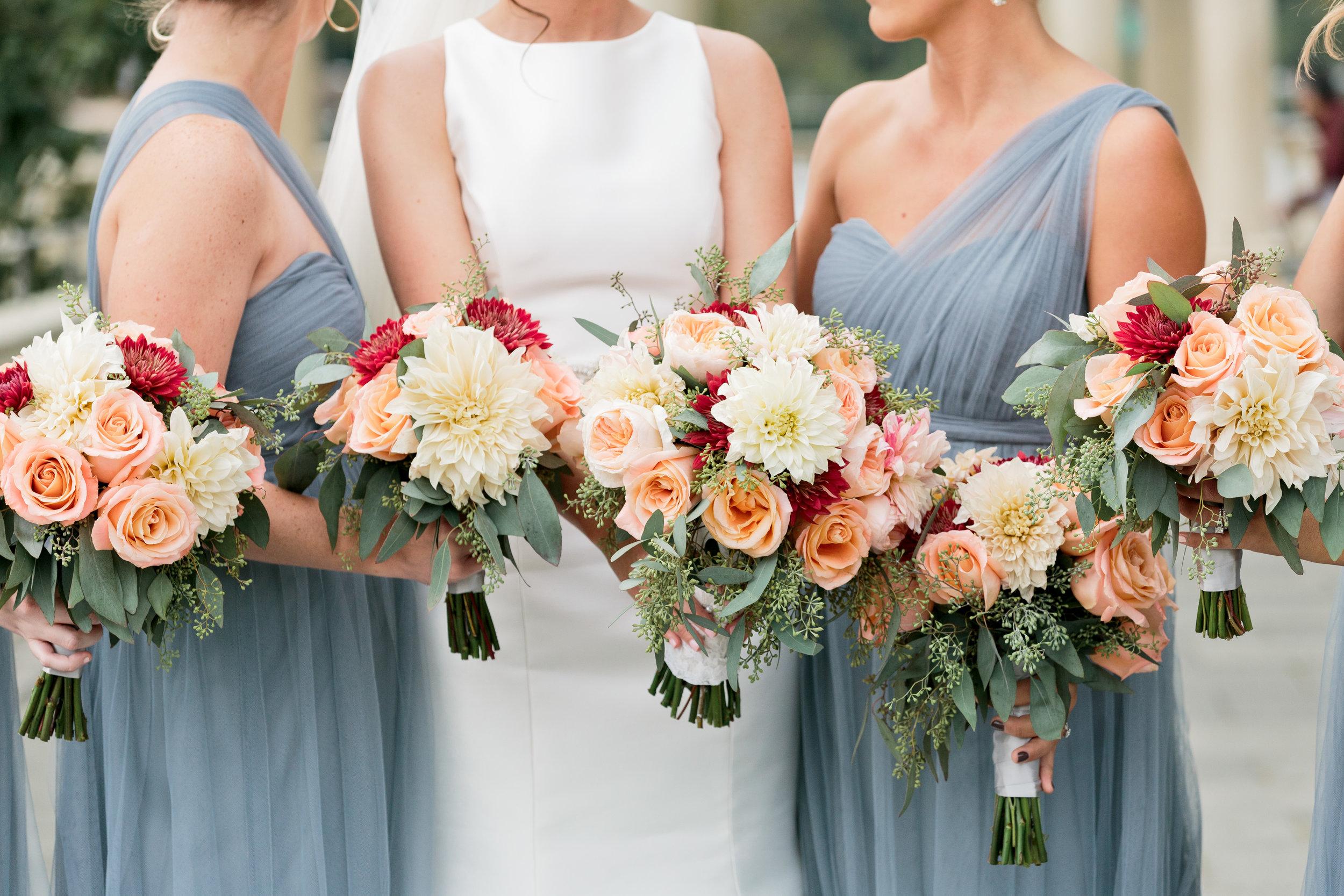 Hudson-Nichols-Black-Tie-Bride-Philadelphia-Waterworks-Wedding-Bridesmaids-Bouquets01.jpg