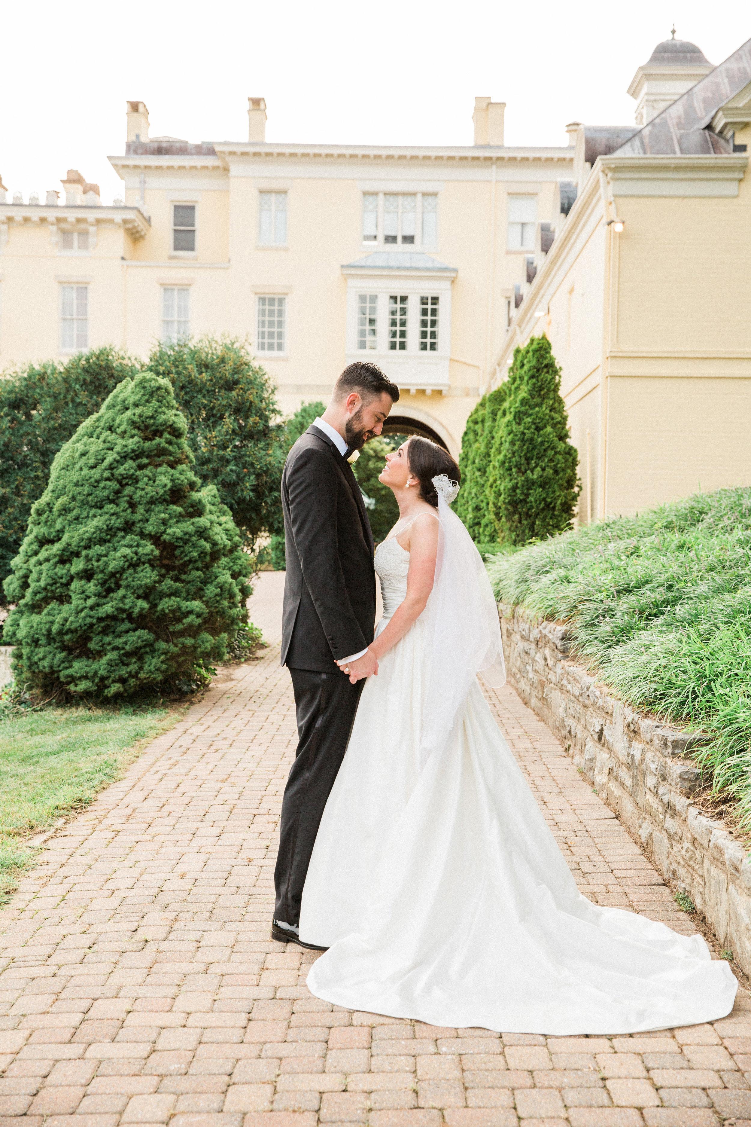 Evergreen-Museum-Balitmore-Maryland-Wedding-Black-Tie-Bride-034.jpg