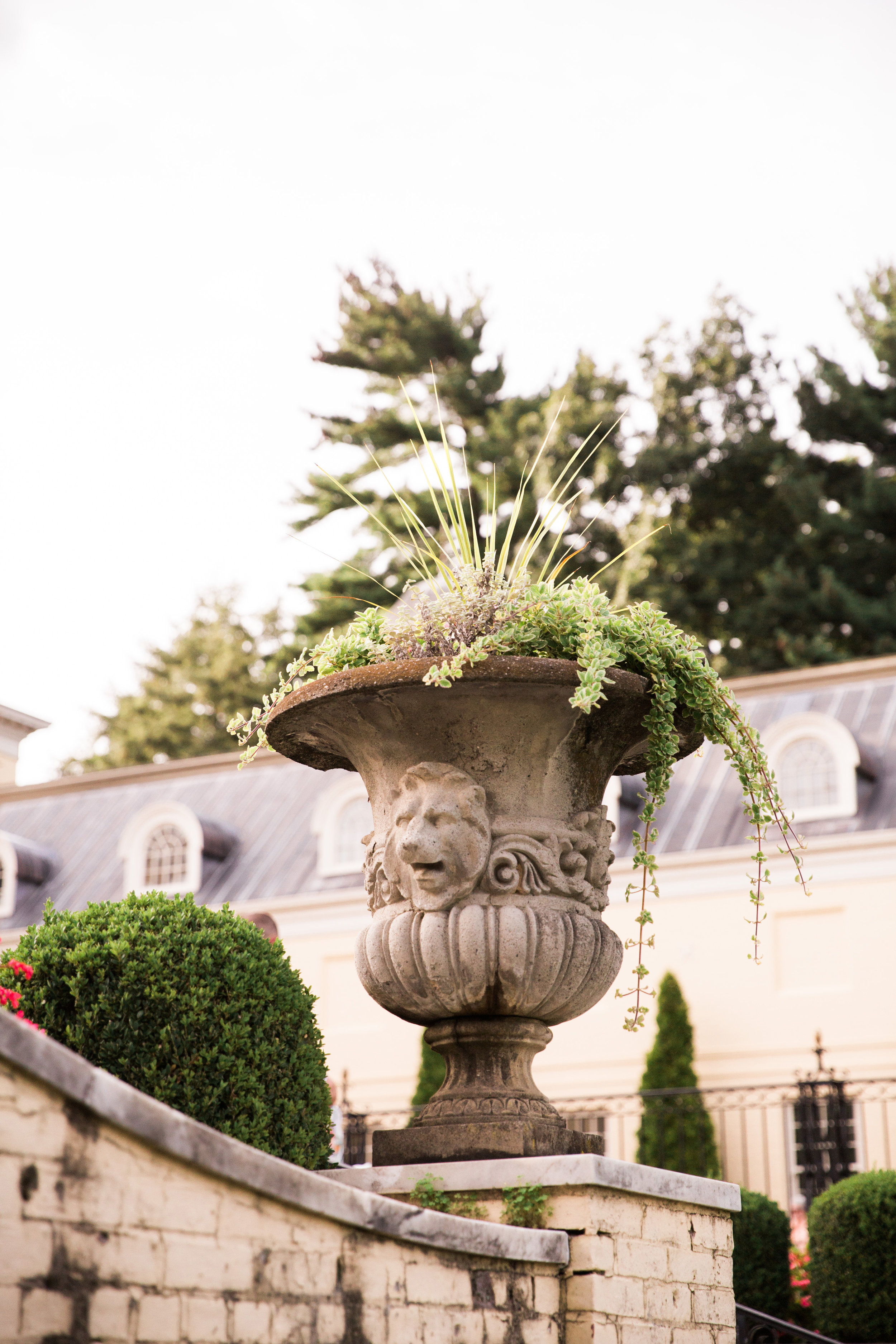 Evergreen-Museum-Balitmore-Maryland-Wedding-Black-Tie-Bride-043.jpg