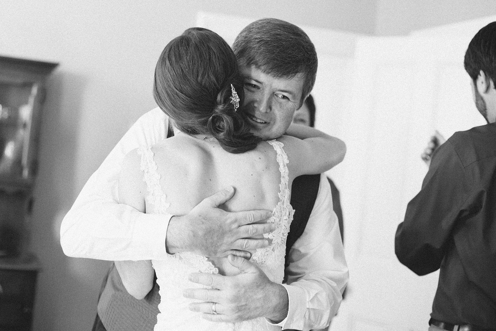Nemours-Delaware-Art-Museum-Fall-Film-Wedding-Photographer-014.jpg