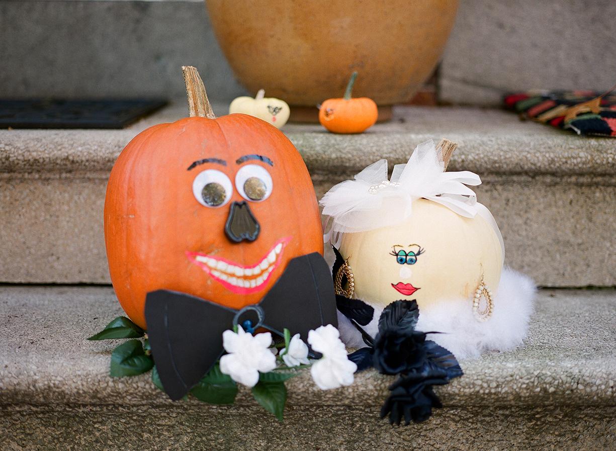 Nemours-Delaware-Art-Museum-Fall-Film-Wedding-Photographer-016.jpg