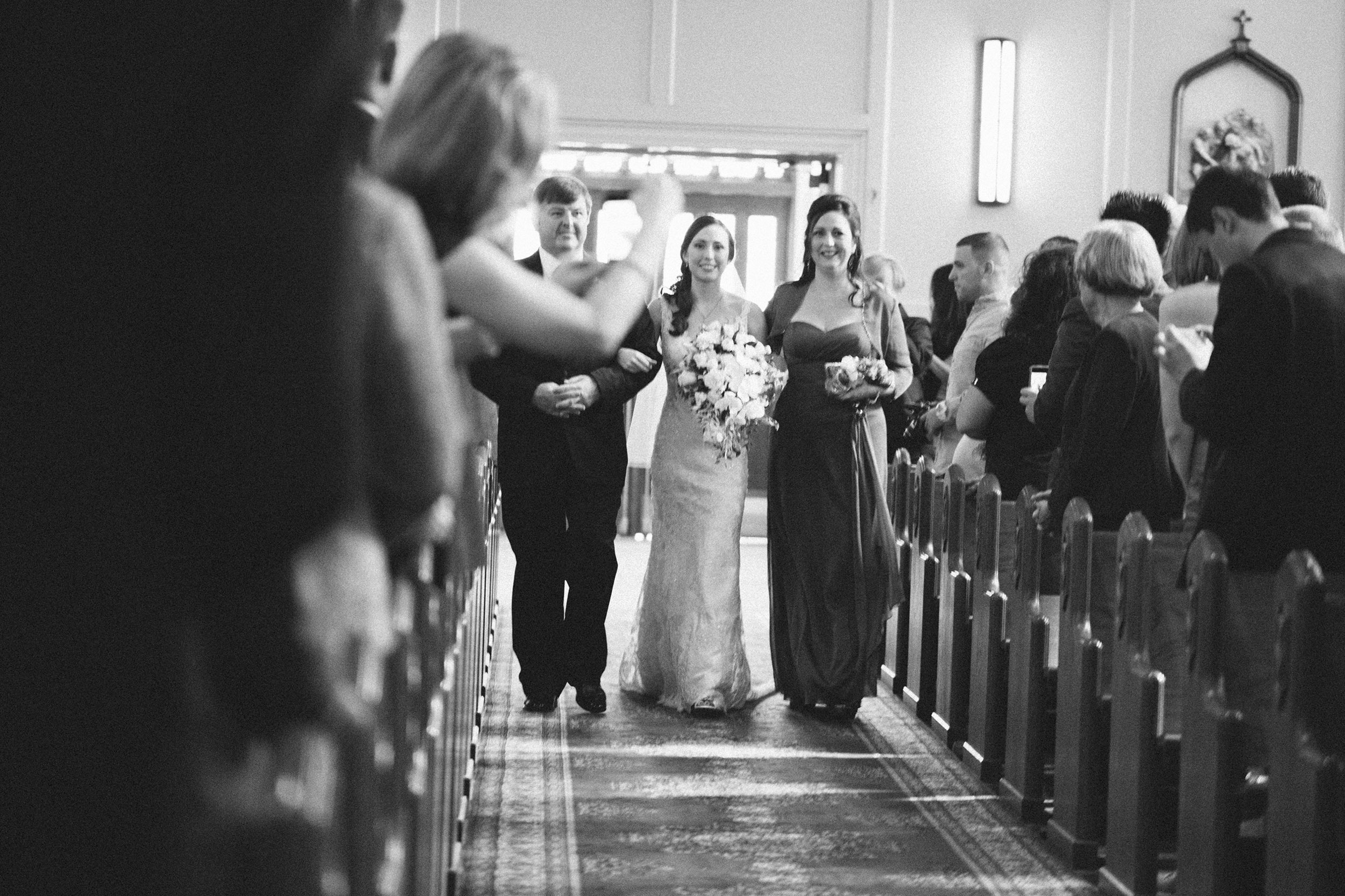 Nemours-Delaware-Art-Museum-Fall-Film-Wedding-Photographer-022.jpg