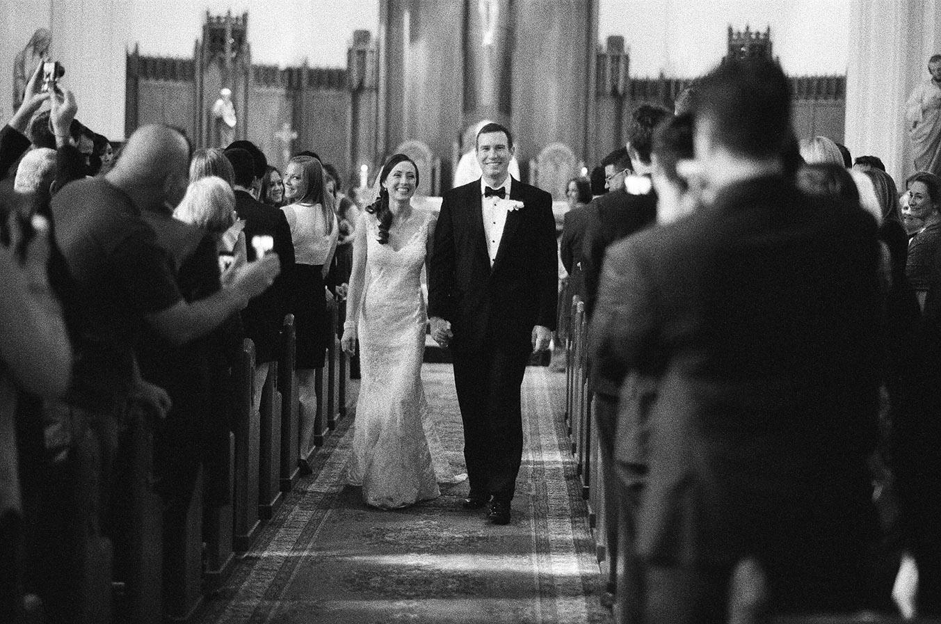 Nemours-Delaware-Art-Museum-Fall-Film-Wedding-Photographer-028.jpg