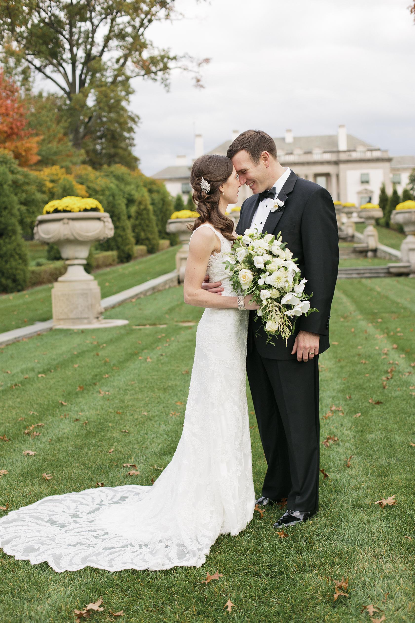 Nemours-Delaware-Art-Museum-Fall-Film-Wedding-Photographer-030.jpg