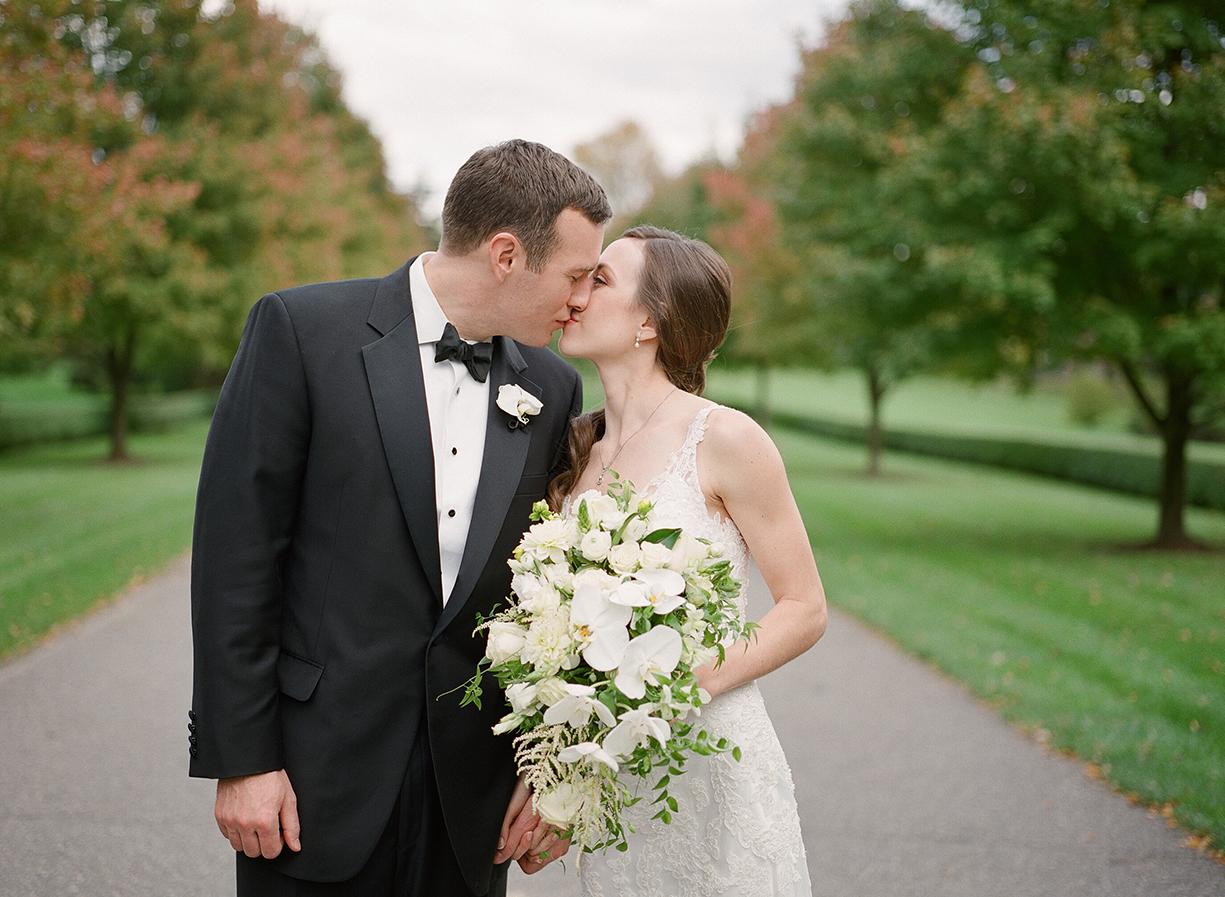 Nemours-Delaware-Art-Museum-Fall-Film-Wedding-Photographer-032.jpg