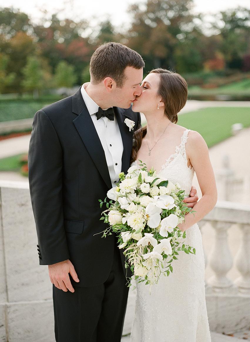 Nemours-Delaware-Art-Museum-Fall-Film-Wedding-Photographer-037.jpg
