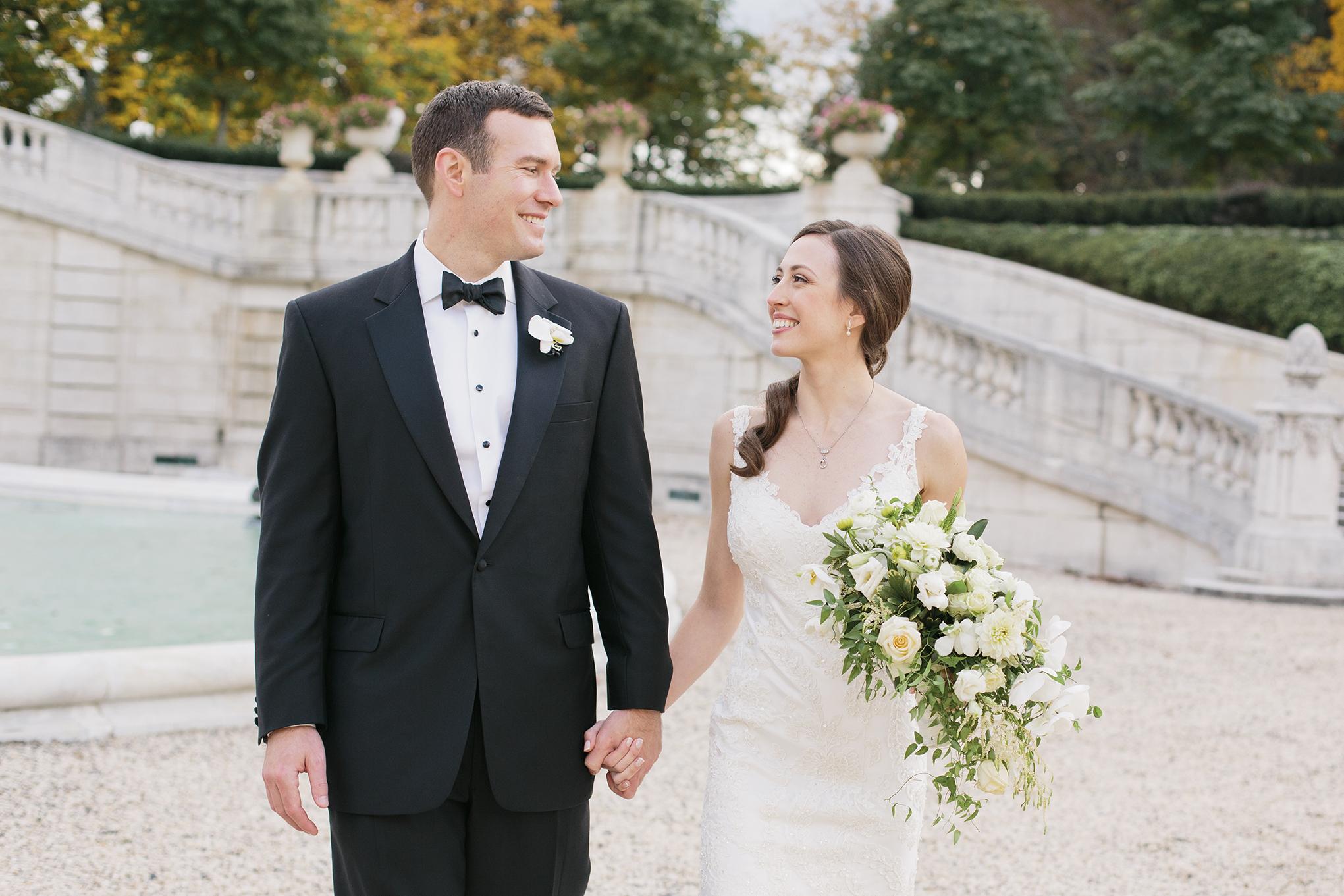 Nemours-Delaware-Art-Museum-Fall-Film-Wedding-Photographer-045.jpg