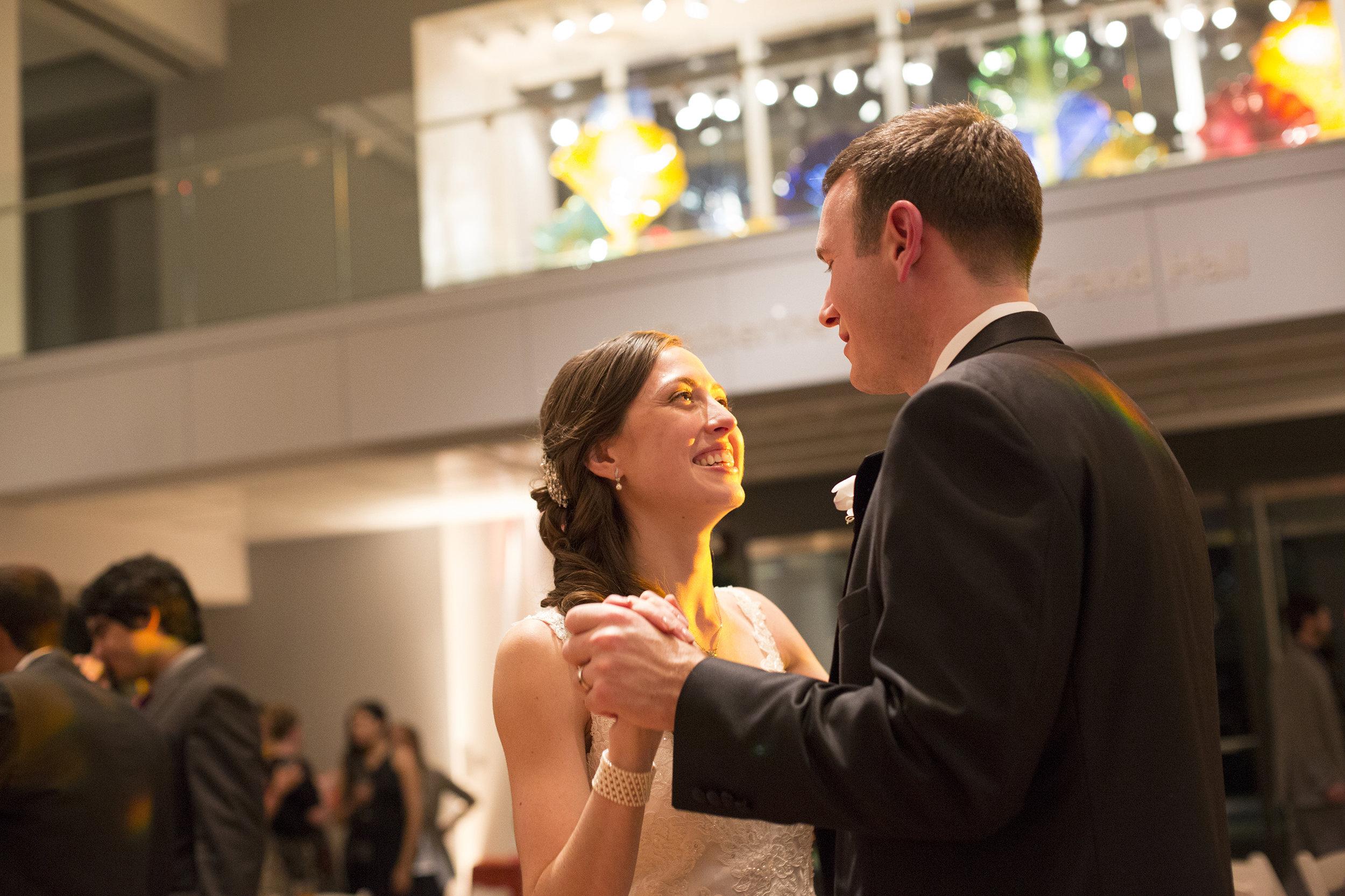 Nemours-Delaware-Art-Museum-Fall-Film-Wedding-Photographer-054.jpg