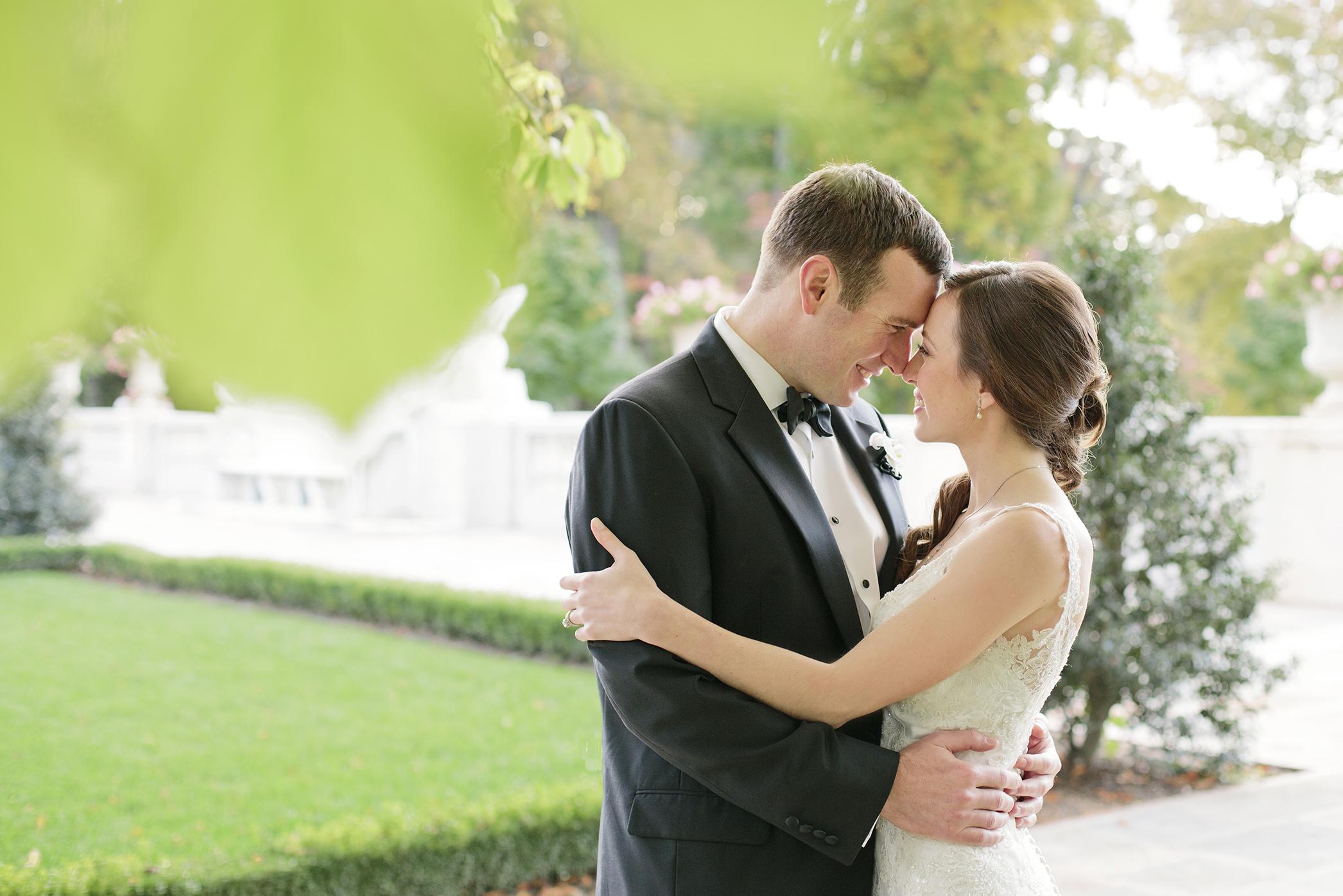 Nemours-Delaware-Art-Museum-Fall-Film-Wedding-Photographer-057.jpg
