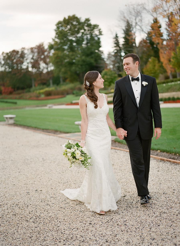 Nemours-Delaware-Art-Museum-Fall-Film-Wedding-Photographer-061.jpg