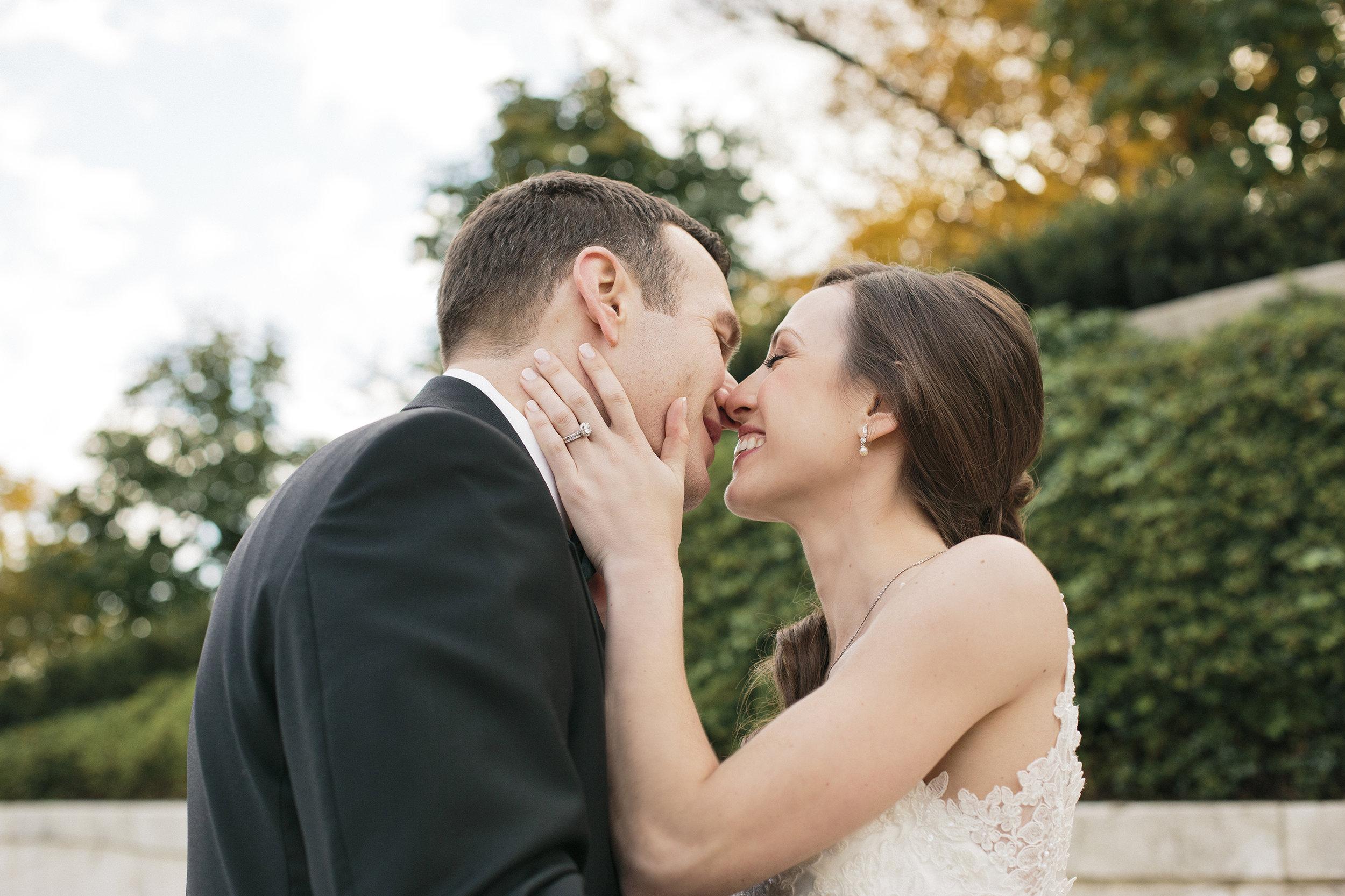 Nemours-Delaware-Art-Museum-Fall-Film-Wedding-Photographer-060.jpg