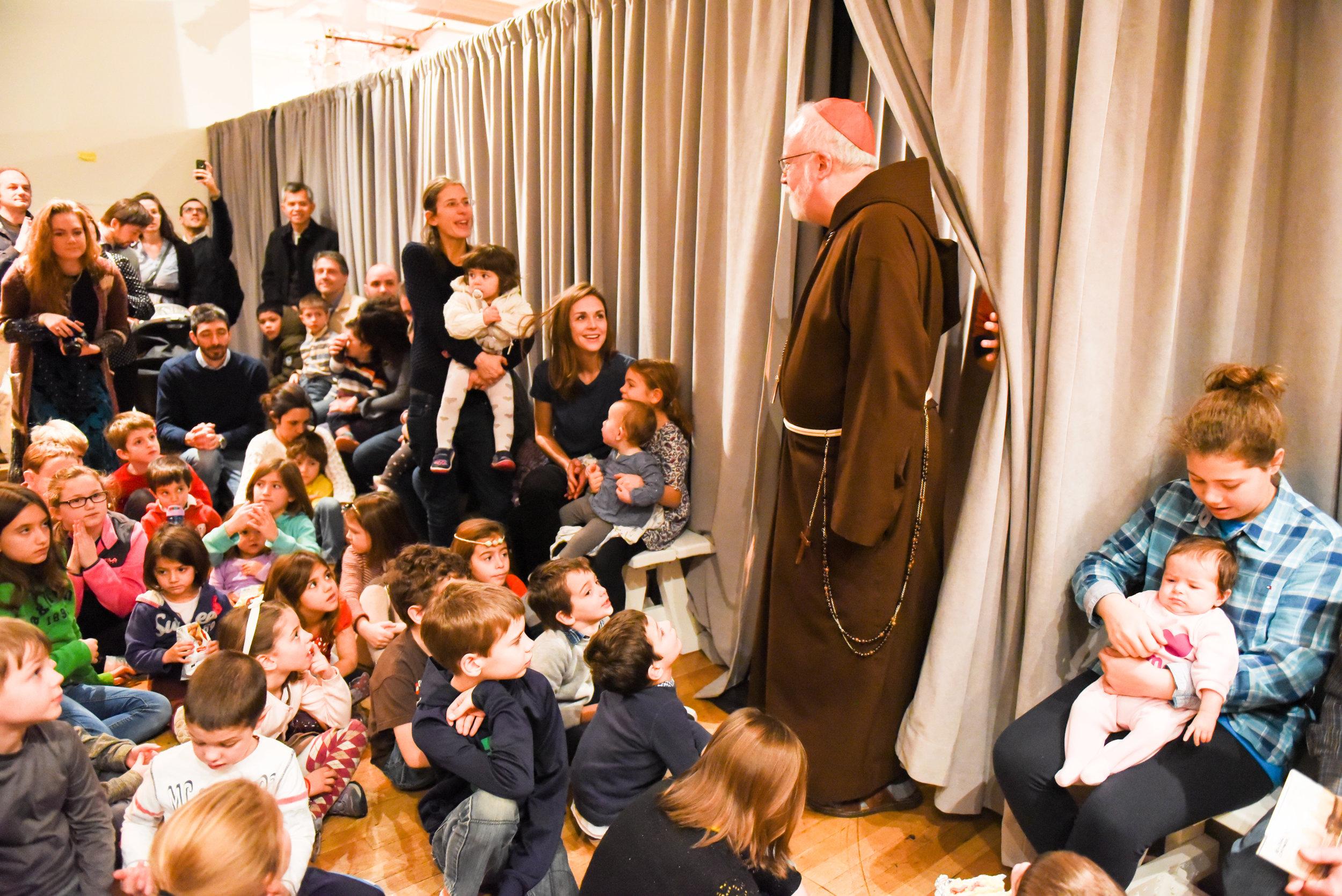Cardinal o'Malley greets children at New York Encounter 2018