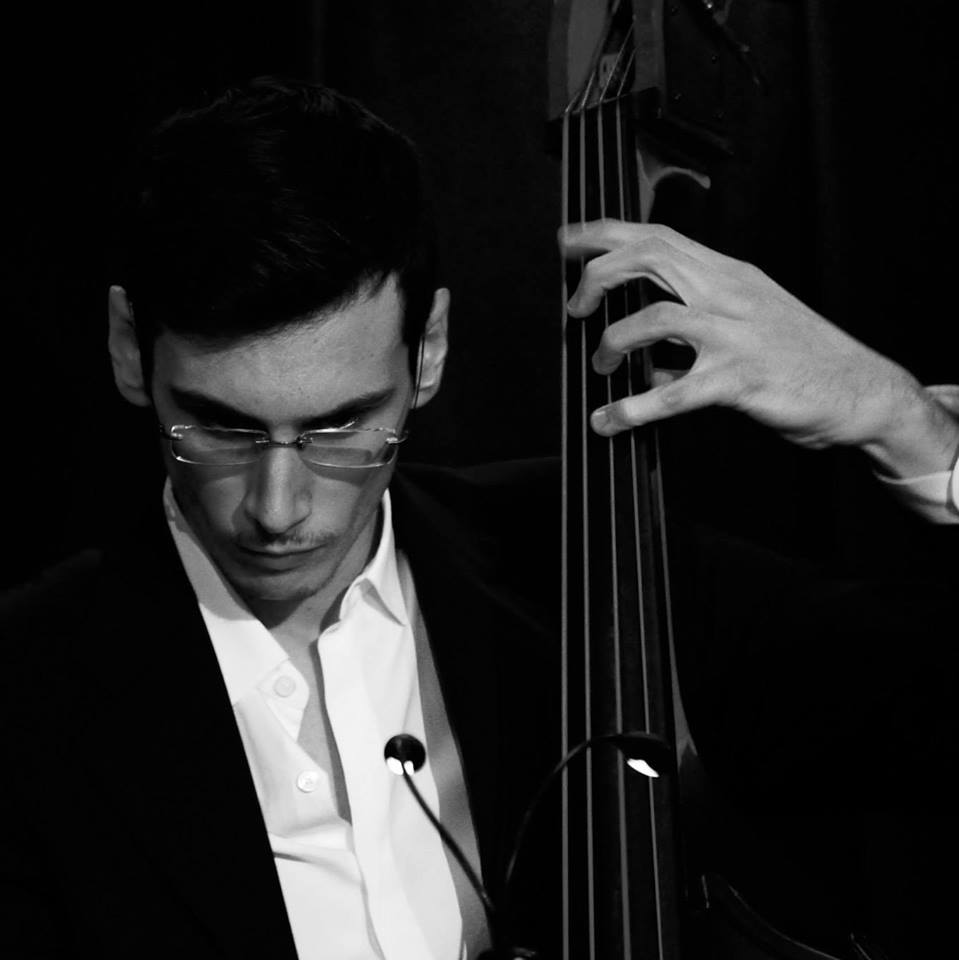 Fabrizio Sciacca, Bass player