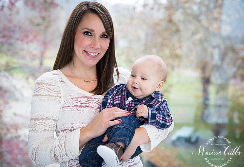 Christmas Photos | Marissa Cribbs Photography | KC Family Photographer