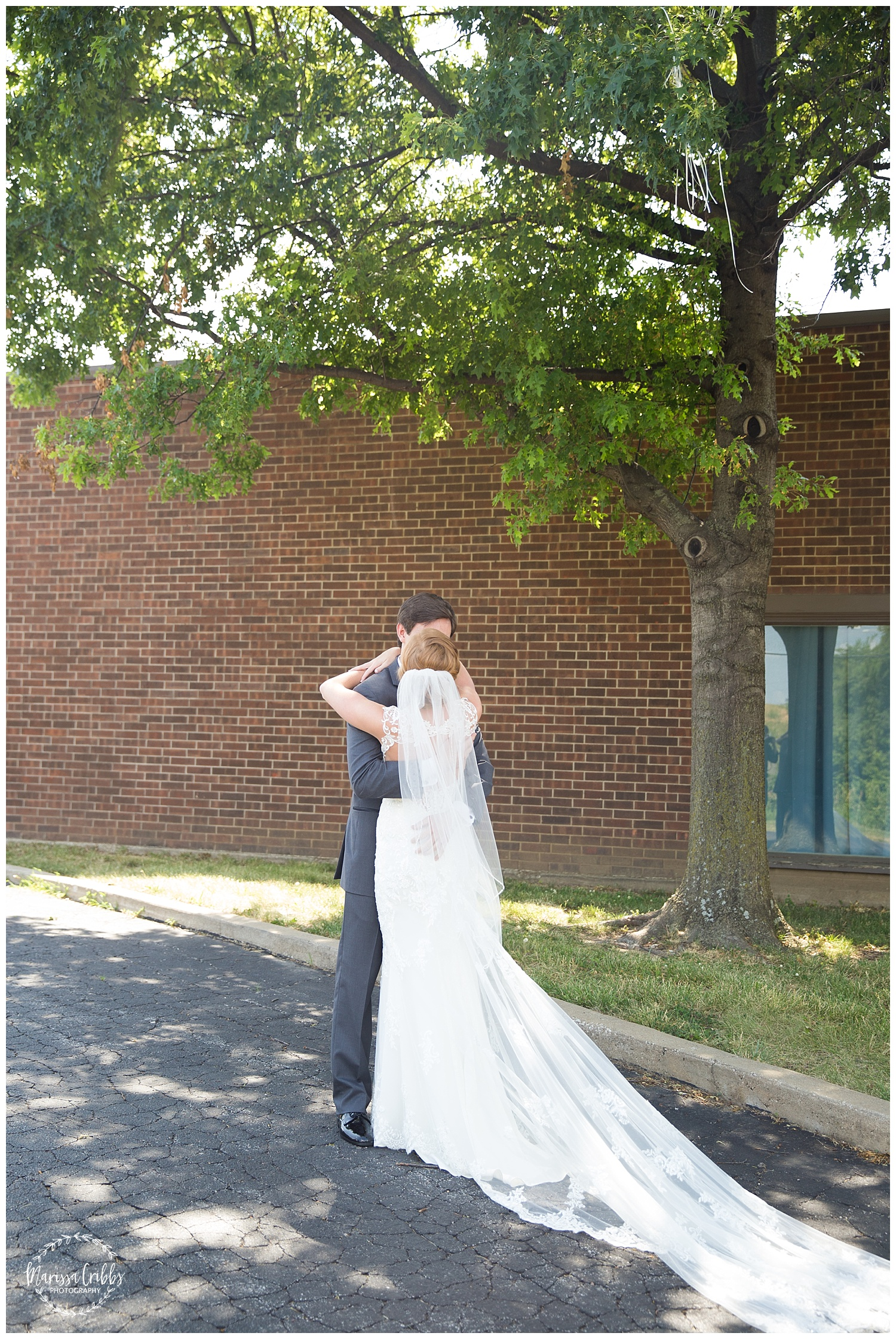 Twin Double Wedding | Union Horse Distilling Co. | Marissa Cribbs Photography | KC Weddings_0061.jpg