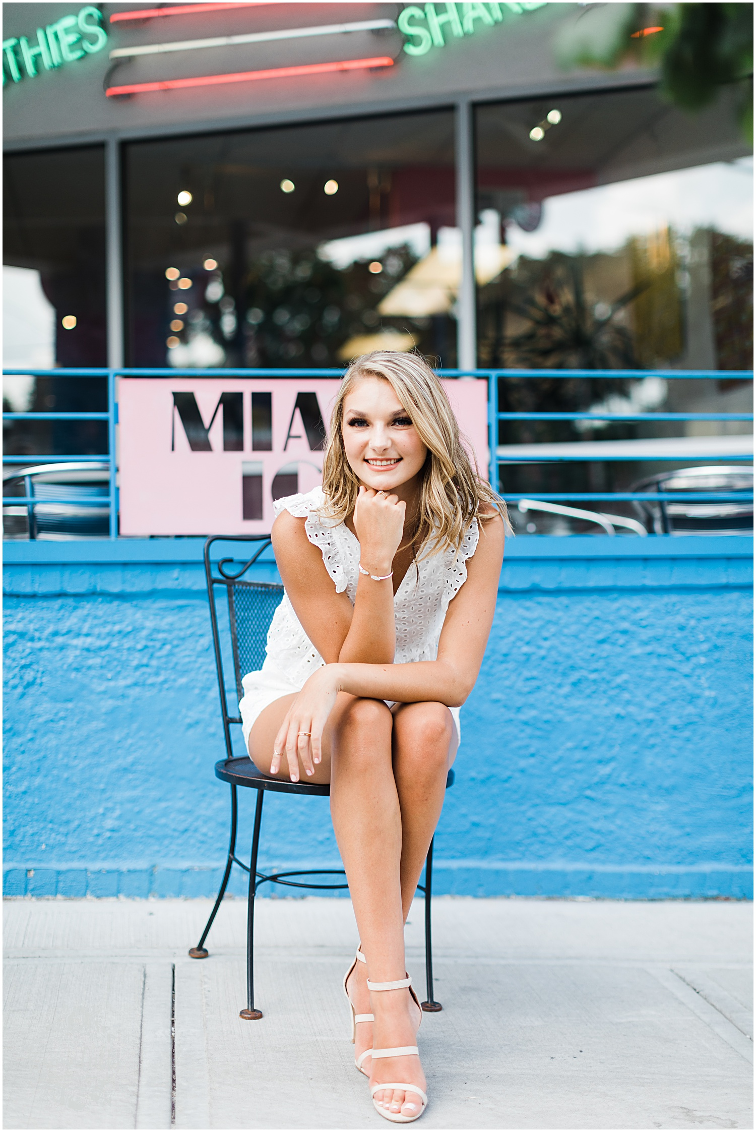 GRACIE SENIOR BLOG | KANSAS CITY SENIOR PICTURES | MARISSA CRIBBS PHOTOGRAPHY_8938.jpg