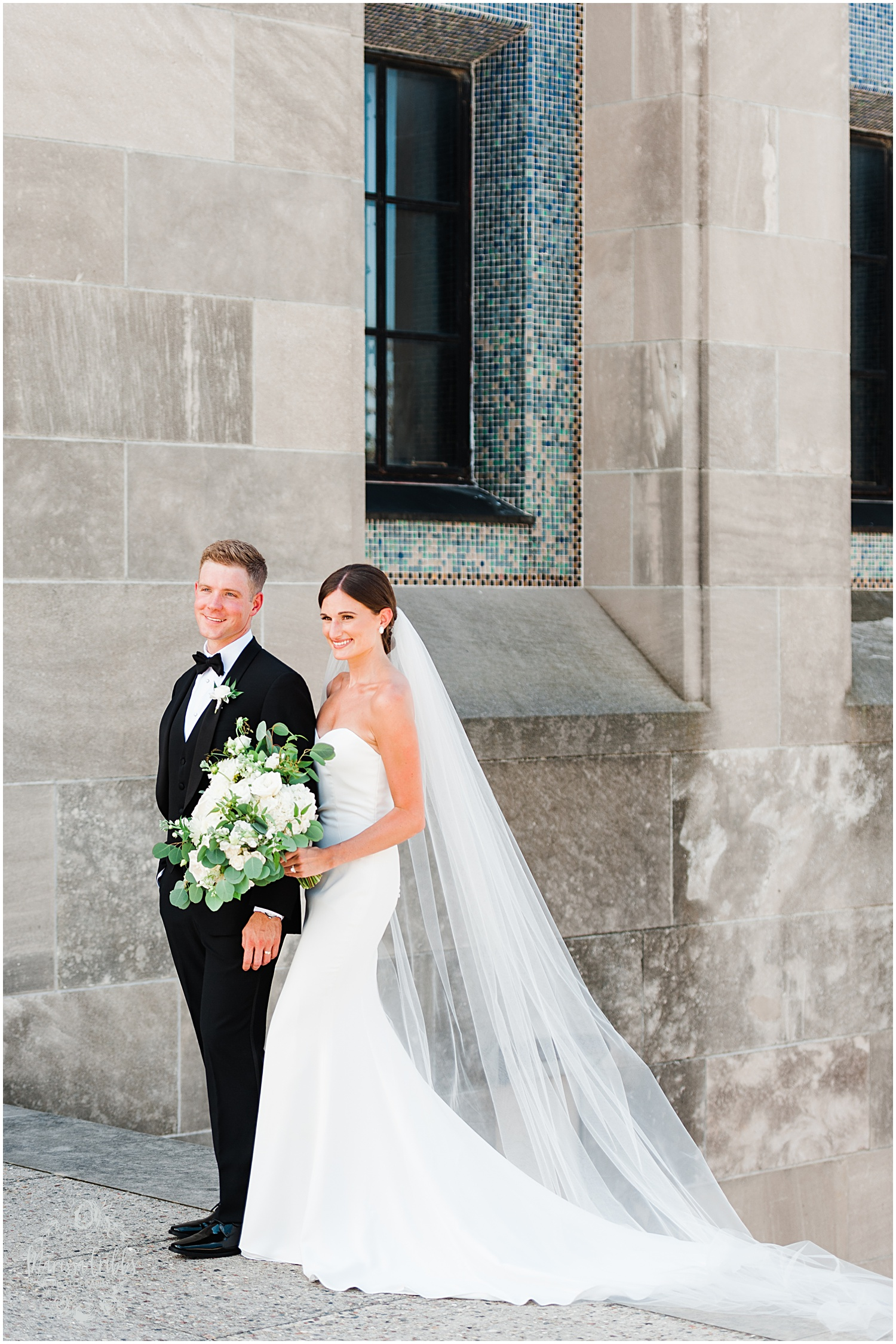 JOANNE & GEORGE MARRIED BLOG | MARISSA CRIBBS PHOTOGRAPHY | THE ABBOTT | KANSAS CITY WEDDING PHOTOS_9054.jpg