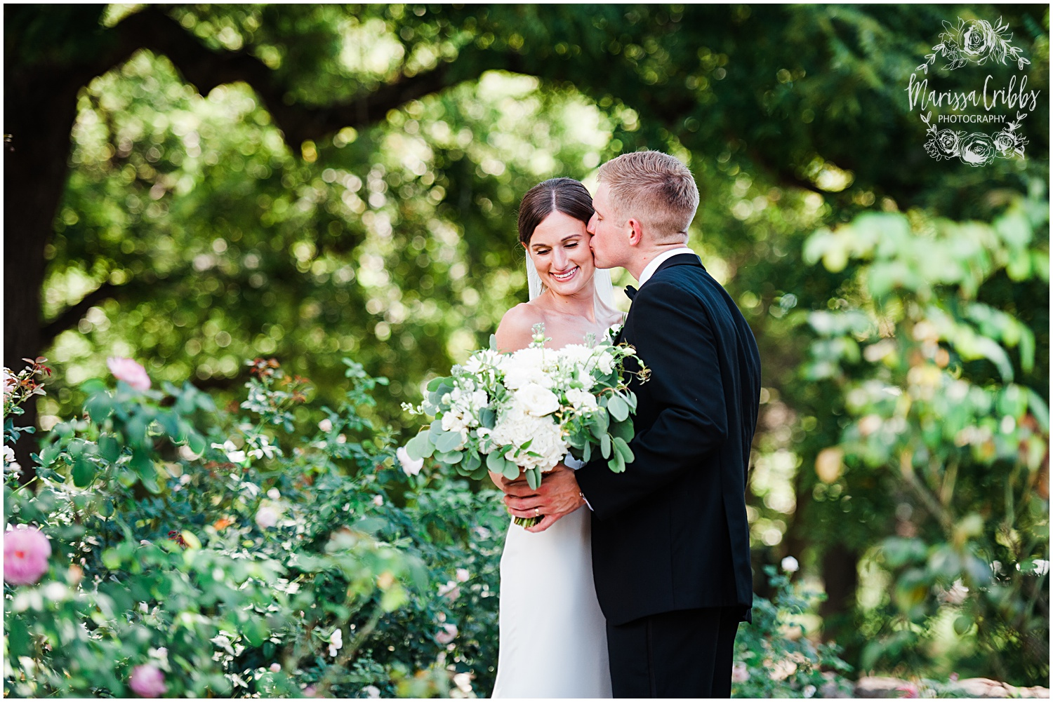 JOANNE & GEORGE MARRIED BLOG | MARISSA CRIBBS PHOTOGRAPHY | THE ABBOTT | KANSAS CITY WEDDING PHOTOS_9068.jpg