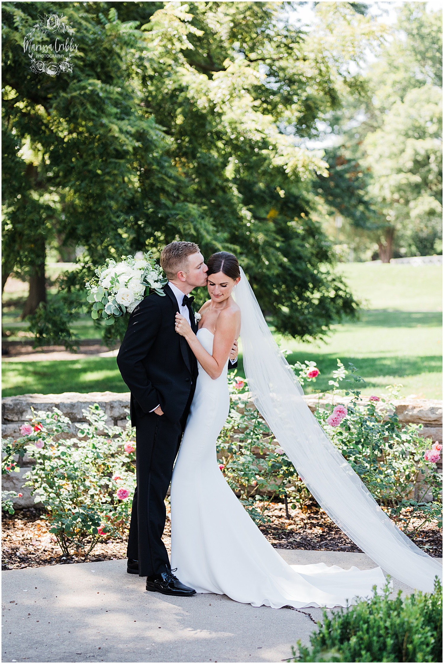 JOANNE & GEORGE MARRIED BLOG | MARISSA CRIBBS PHOTOGRAPHY | THE ABBOTT | KANSAS CITY WEDDING PHOTOS_9073.jpg