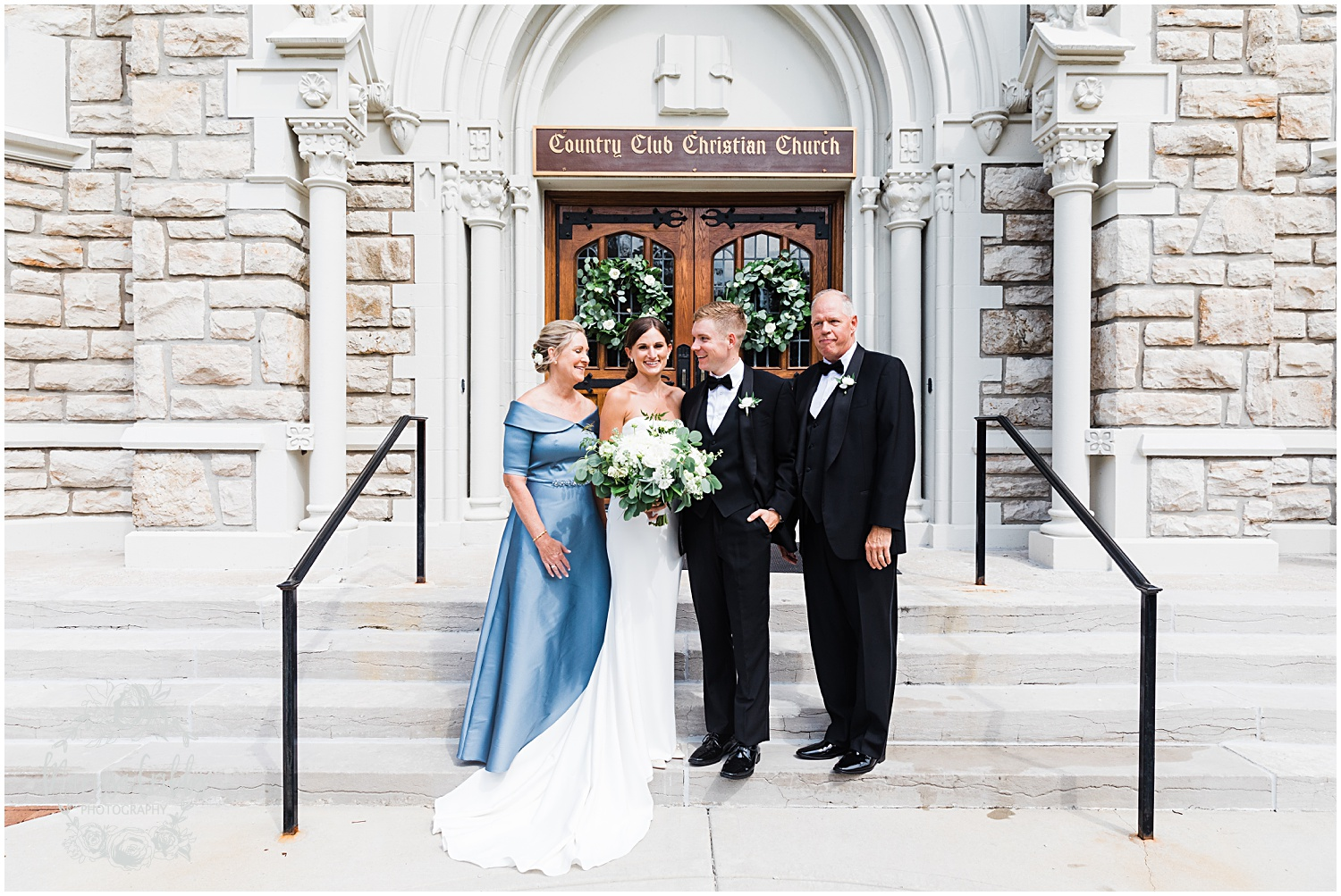 JOANNE & GEORGE MARRIED BLOG | MARISSA CRIBBS PHOTOGRAPHY | THE ABBOTT | KANSAS CITY WEDDING PHOTOS_9076.jpg