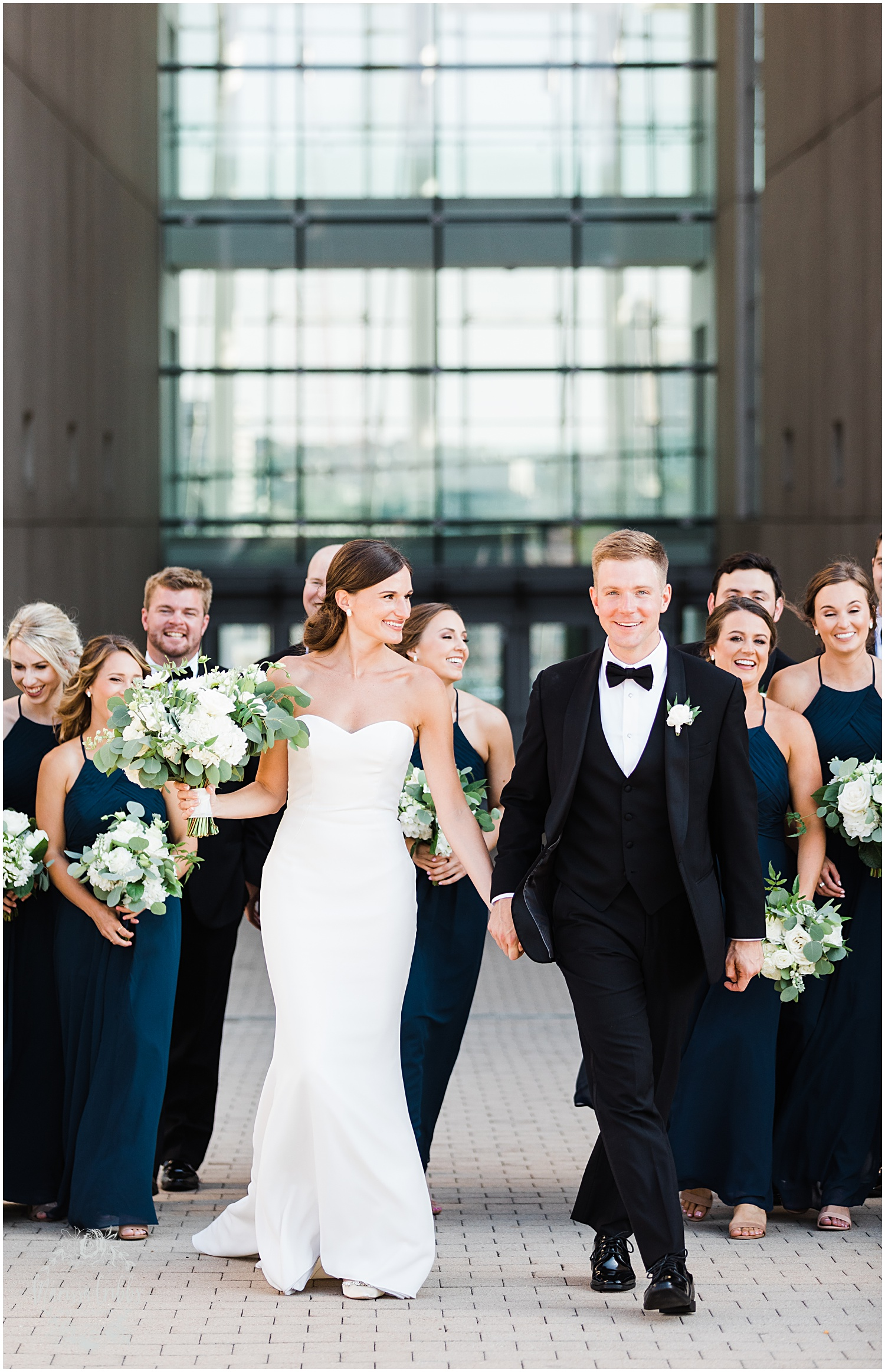 JOANNE & GEORGE MARRIED BLOG | MARISSA CRIBBS PHOTOGRAPHY | THE ABBOTT | KANSAS CITY WEDDING PHOTOS_9099.jpg