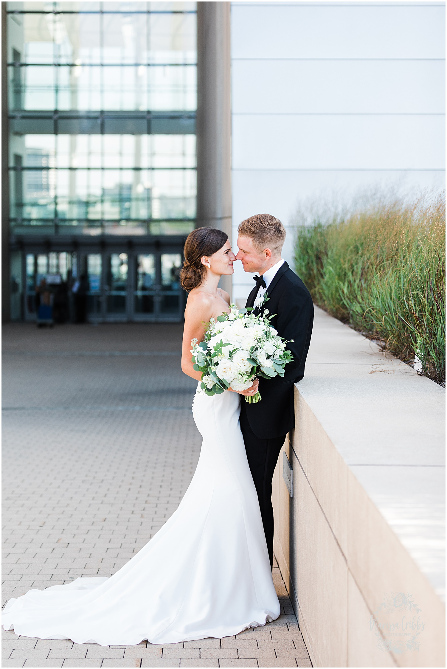 JOANNE & GEORGE MARRIED BLOG | MARISSA CRIBBS PHOTOGRAPHY | THE ABBOTT | KANSAS CITY WEDDING PHOTOS_9101.jpg