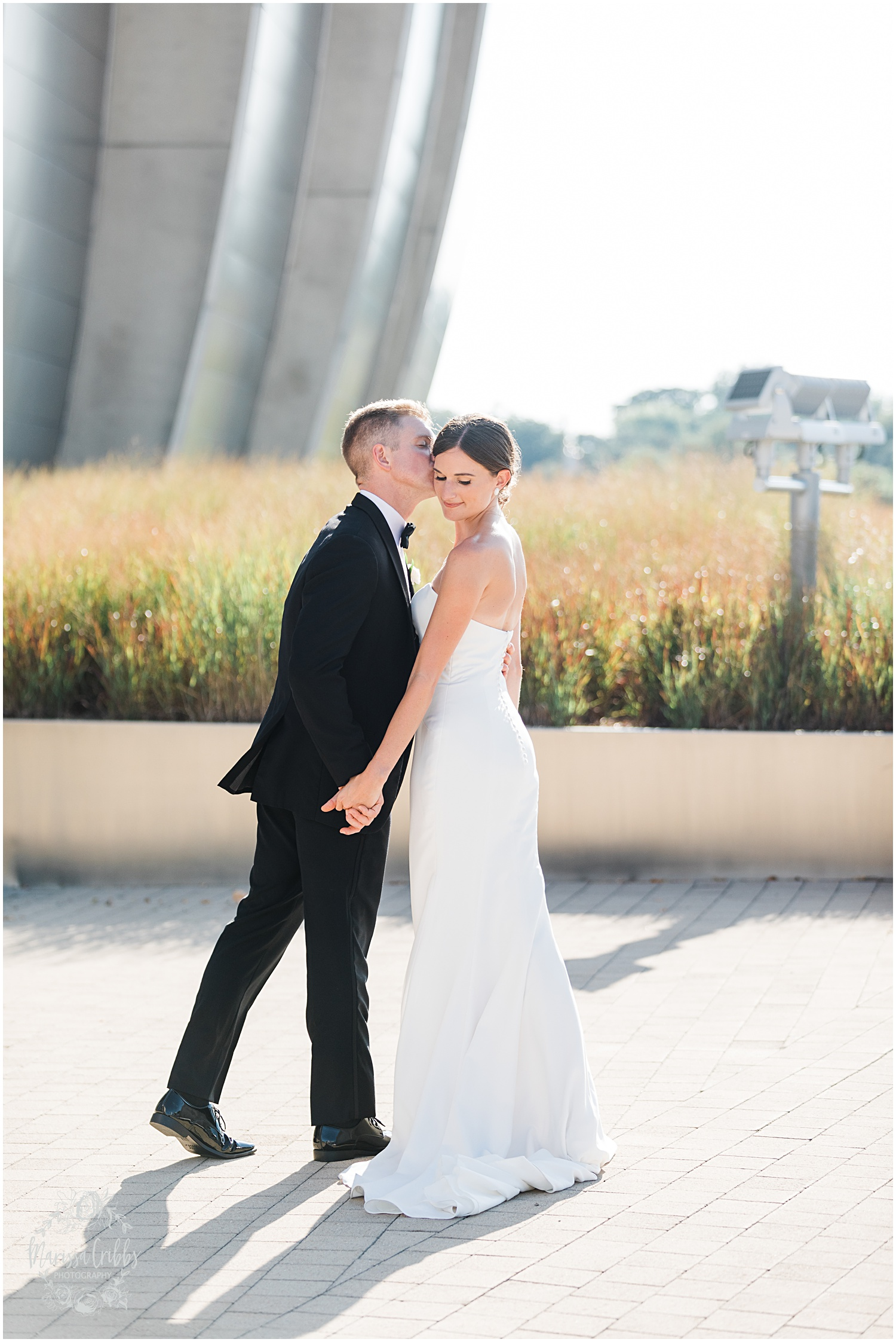 JOANNE & GEORGE MARRIED BLOG | MARISSA CRIBBS PHOTOGRAPHY | THE ABBOTT | KANSAS CITY WEDDING PHOTOS_9104.jpg