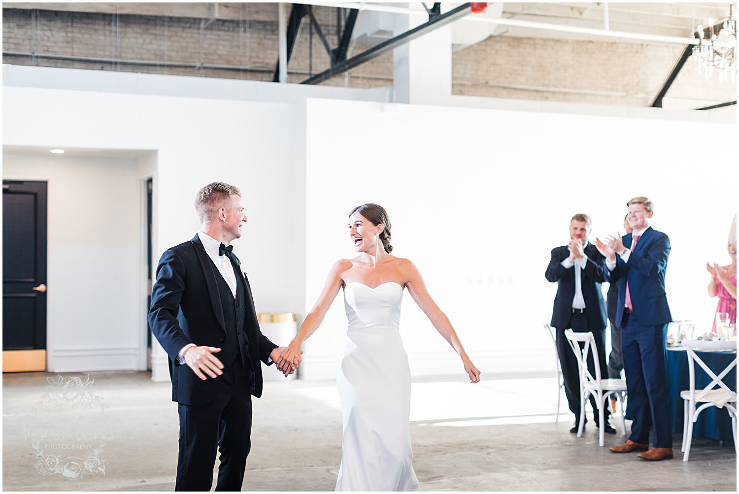 JOANNE & GEORGE MARRIED BLOG | MARISSA CRIBBS PHOTOGRAPHY | THE ABBOTT | KANSAS CITY WEDDING PHOTOS_9145.jpg