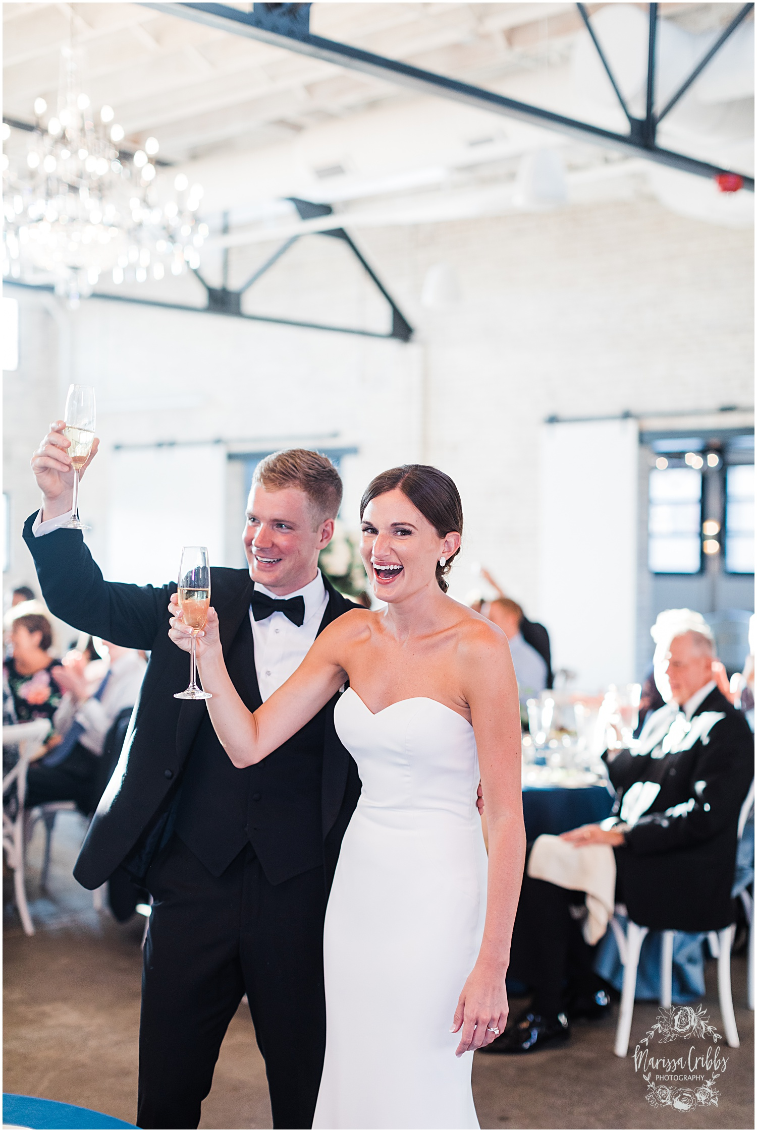 JOANNE & GEORGE MARRIED BLOG | MARISSA CRIBBS PHOTOGRAPHY | THE ABBOTT | KANSAS CITY WEDDING PHOTOS_9159.jpg