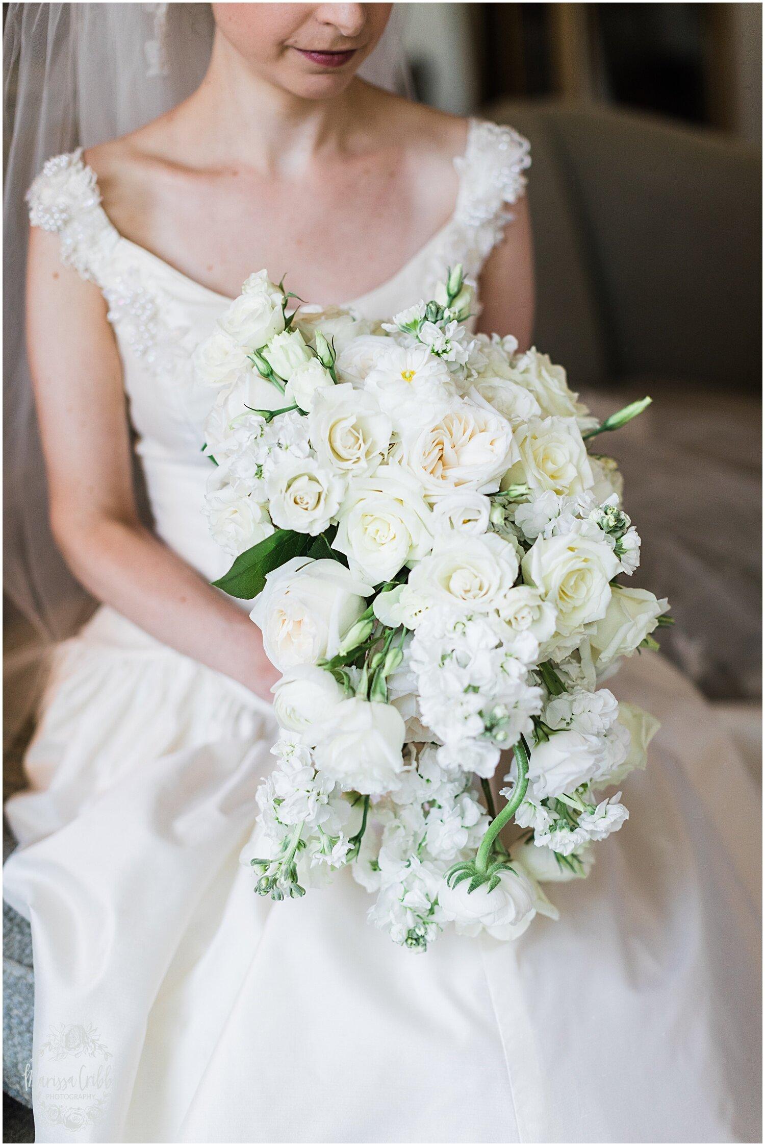 TYLER & CAROLINE MARRIED BLOG | MARISSA CRIBBS PHOTOGRAPHY | THE CARRIAGE CLUB | KANSAS CITY WEDDING PHOTOS_9215.jpg