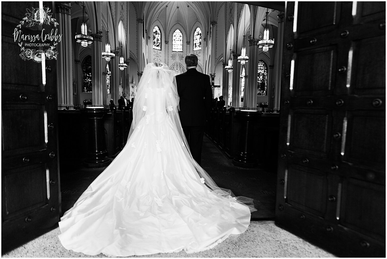 TYLER & CAROLINE MARRIED BLOG | MARISSA CRIBBS PHOTOGRAPHY | THE CARRIAGE CLUB | KANSAS CITY WEDDING PHOTOS_9219.jpg