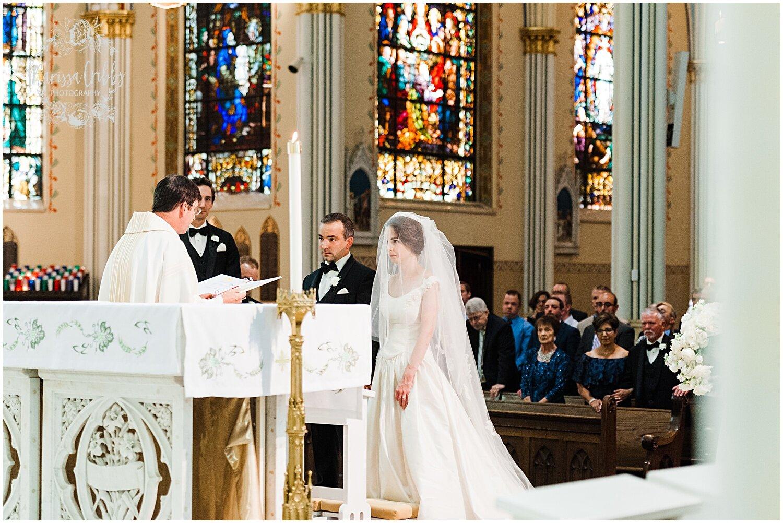 TYLER & CAROLINE MARRIED BLOG | MARISSA CRIBBS PHOTOGRAPHY | THE CARRIAGE CLUB | KANSAS CITY WEDDING PHOTOS_9224.jpg